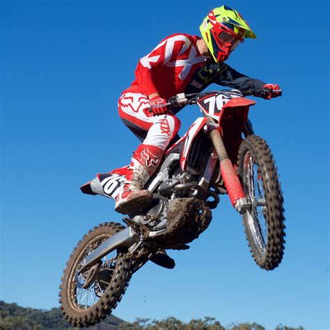 Papan No Crf250 2018 honda crf250r ride review 16 fast facts