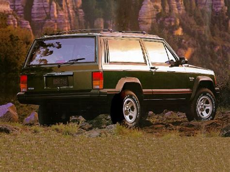 review  jeep cherokee country  john heilig