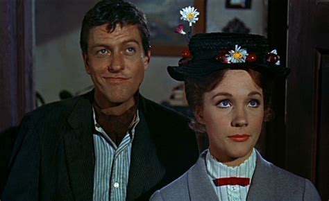 cinema 21 van dyke mary poppins returns julie andrews e dick van dyke nel