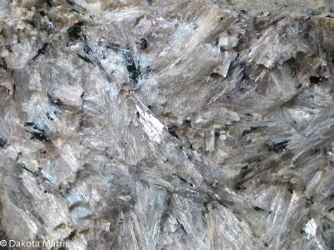 wollastonite mineral information and data