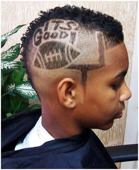 men s hairstyles arturo vidal crazy mohawk haircut 2015 25 best ideas about mohawk hairstyles men on pinterest