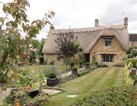 chipping cden cottages chipping cden cottage orchard luxury