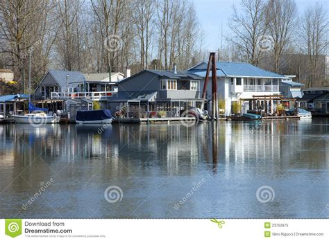 boat houses portland oregon floating houses and boats portland or royalty free stock photo image 23752975