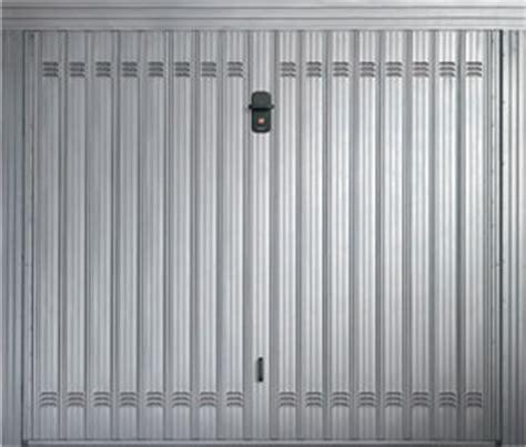 porte in lamiera zincata porte basculanti per garage porte basculanti acciaio