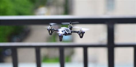 Rc Helicopter Bola Terbang Remote Tangan hubsan x4 4ch remote mini drone quadcopter h107l black jakartanotebook