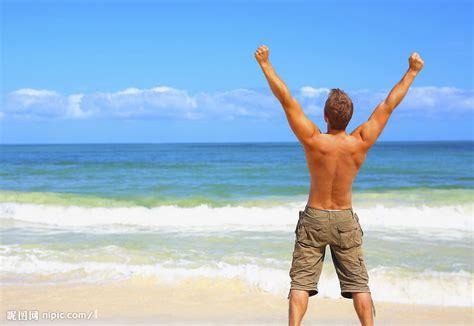 guys who laid on beach 2 long 看海的男人摄影图 男性男人 人物图库 摄影图库 昵图网nipic com