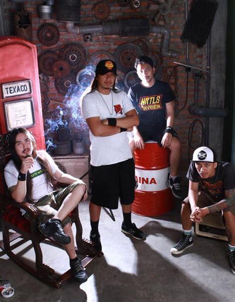 Devadata Surabaya simpel menyayat klip anyar de berita musik