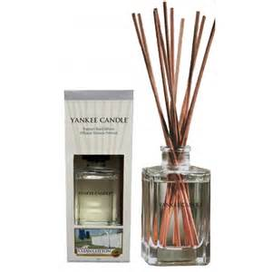 candle l diffuser yankee candle classic reed diffuser air freshener