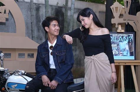 berikut film adaptasi novel romantis yang paling bikin baper 6 pasangan fenomenal dalam film indonesia paling hits dan
