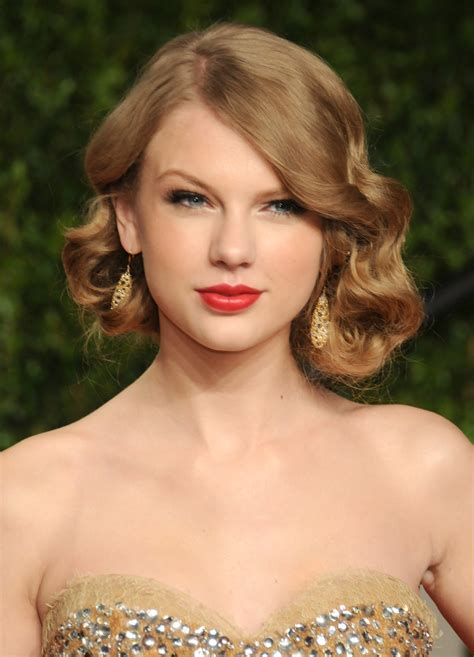 how to pull off a bob hairstyle 20 ways to pull off a faux bob for holiday parties faux