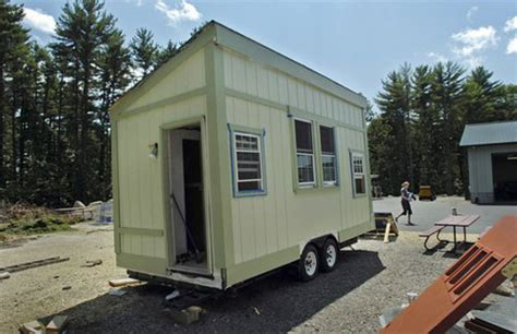living in with small mobile house tiny mobile homes