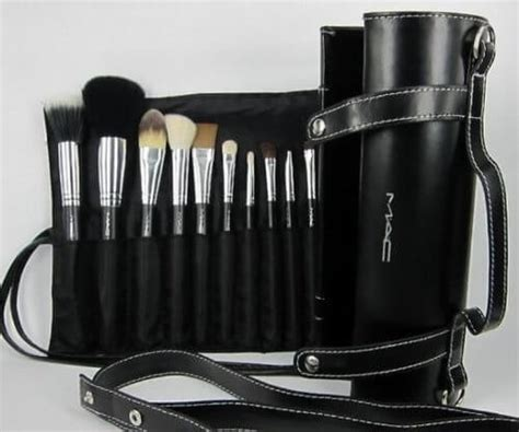 Makeup Brush Set Mac how to spot mac brushes my makeup ideas