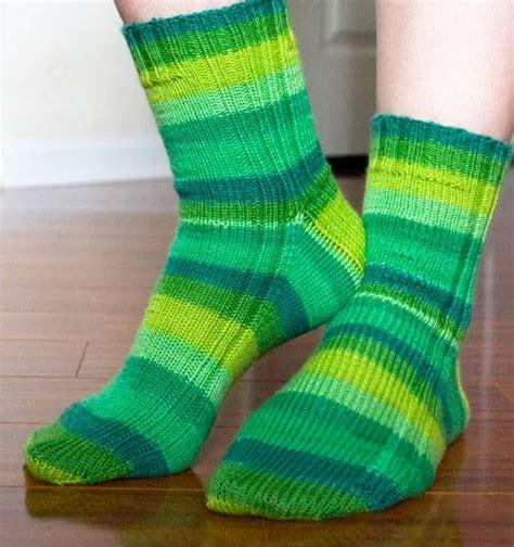 socks pattern circular needles 12 sock knitting patterns for beginners using circular