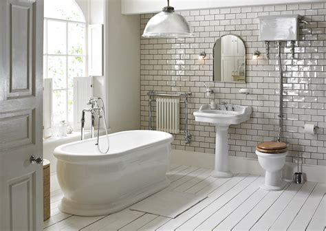 bath rooms heritage high level wc and cistern with flush pack