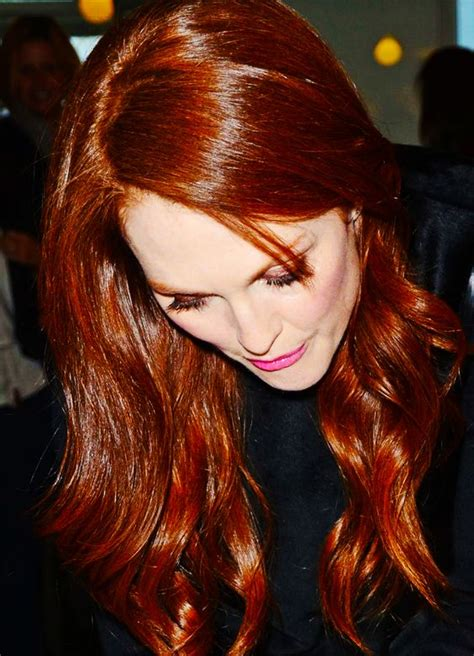 julianne moore natural hair color julianne moore hair color that simply takes the breath