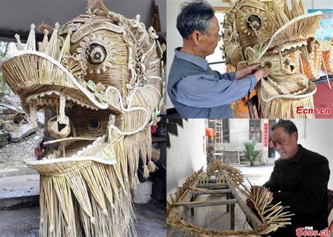 membuat kerajinan dari jerami wow seniman tiongkok bikin barongsai dari 83 ribu batang