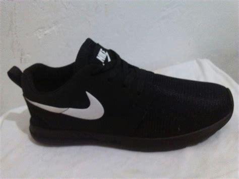 imagenes para niños de zapatos zapatos deportivos nike roshe rum de caballero bs 36