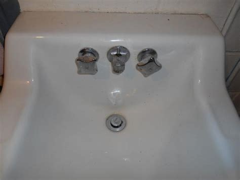 Replacing Bathroom Sink Faucet by Replacing Bathroom Sink Doityourself Community