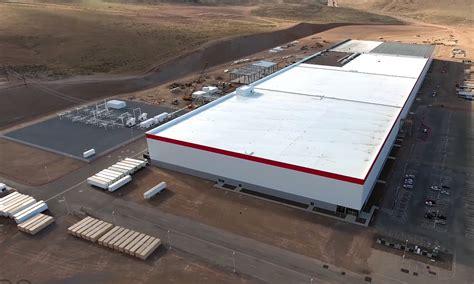 Tesla Giga Factory Tesla Gigafactory Is Worth 50 Billion According To