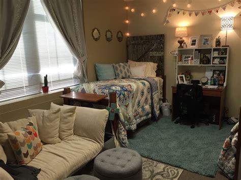 dorm design mori girl room inspo elam dorm at lipscomb university dorm room ideas