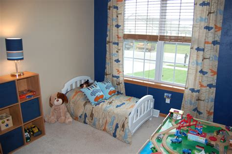 Toddler Boy Bedroom | toddler tuesday taking away your child s security