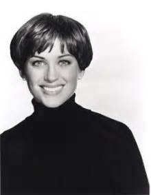 original 70s dorothy hamel hairstyle how to best 20 dorothy hamill haircut ideas on pinterest wedge