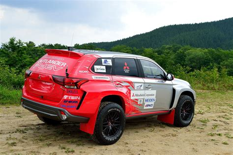 mitsubishi outlander off road 2016 mitsubishi outlander phev baja race car picture