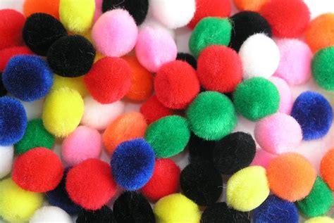 con lazos y pompones su pompones de colores 25mm 100u 12