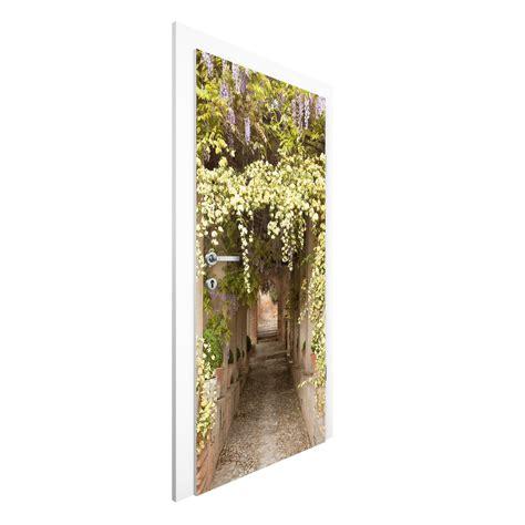 carta da parati per porte carta da parati per porte premium flower lined avenue in