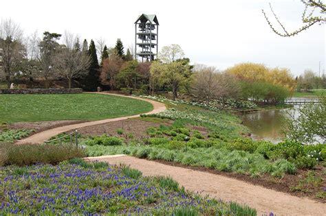 Chicago Arboretum Botanical Gardens An Early May Walk Through The Chicago Botanic Garden Gardeninacity