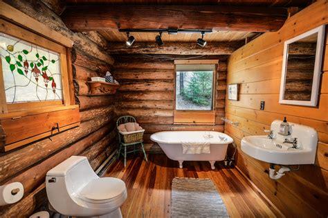 bath cabin log cabin bathroom free stock photo public domain pictures