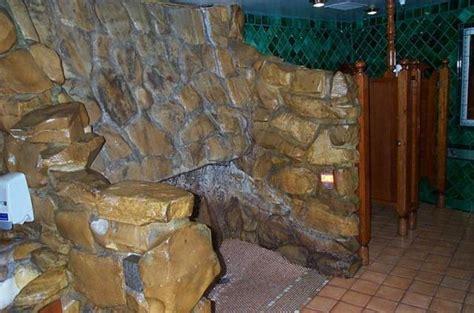 madonna inn bathroom