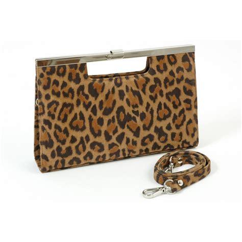 Peter Kaiser Wye   Classic leopard print suede clutch bag