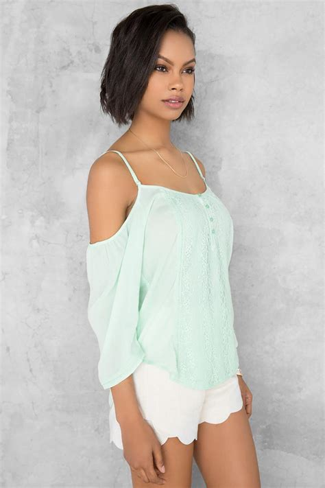mint sabrina cold shoulder blouse s