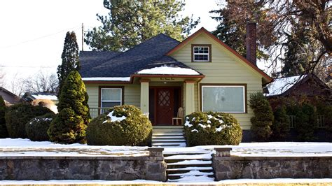 buying a house in winter how to get the best deal when buying a home in the winter