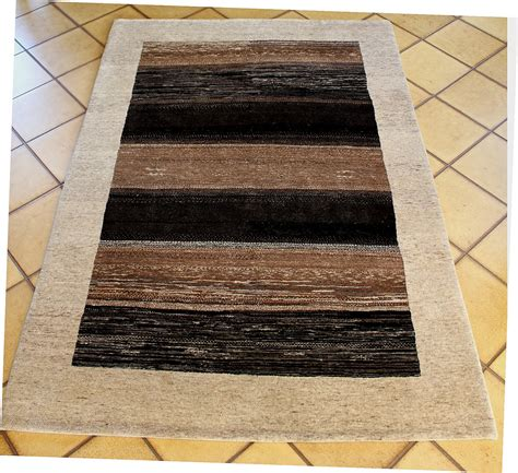 picture of a rug carpet