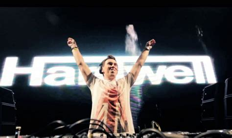 download mp3 dj hardwell 2015 15 world famous dj s and their preferred headphones