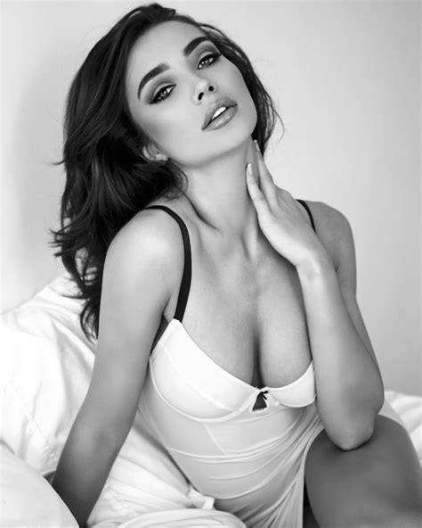 Amy Jackson The Fappening Sexy (21 Photos) | #The Fappening