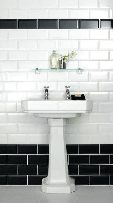 Black And White Tiled Bathroom Ideas by 25 Best Ideas About Black White Bathrooms On