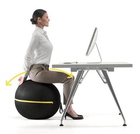 fitball come sedia esercizi con la fitball