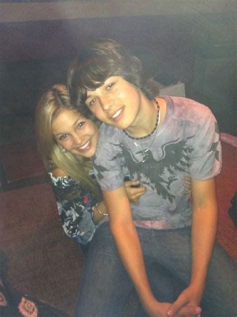 olivia holt and leo howard olivia holt pinterest olivia holt and friends olivia holt leo howard