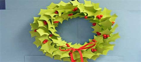 printable paper holly wreath holly wreath play resource