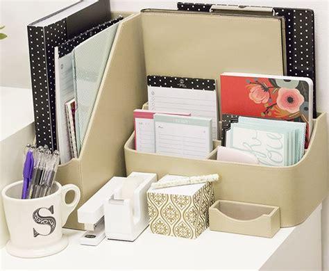How To Organize Your Desk At Work Best 25 Work Office Organization Ideas On Pinterest Desk Organization Diy College Desk