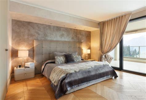 Barker Beds Dormitorio Cl 225 Sico Con Pared Enlucida Fotos Para Que Te