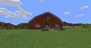 i decided i needed a barn for my animal farm minecraft
