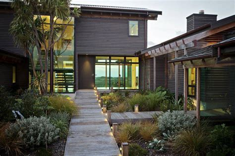 7 Landscaping Ideas For Your Front Yard Contemporist Landscaping Lighting Ideas For Front Yard