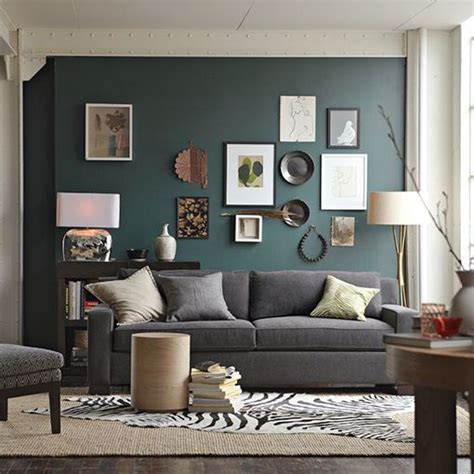what accent color goes with grey dark teal colored accent wall in living room with grey