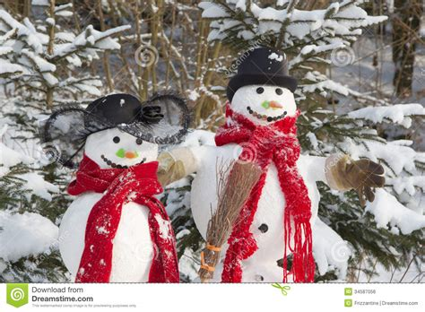 winter decorations outdoor snowman in winter outdoor decoration