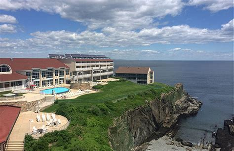 cliff house ogunquit ogunquit s cliff house adds new cuisine sports