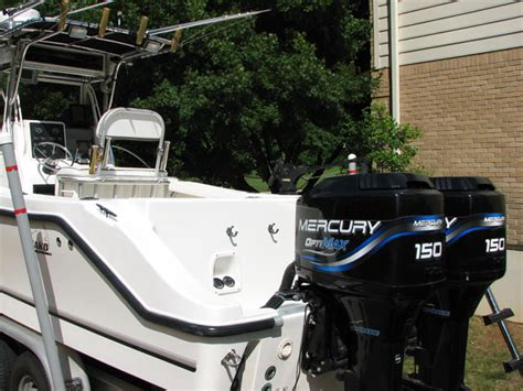 mako boats ct sold 1999 mako 252 center console sold the hull truth